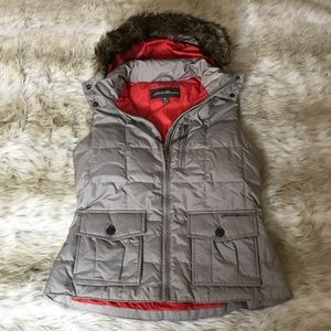 Eddie Bauer Tan Vest with Fur Hood Tall Large